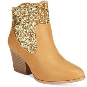 NEW Dolce by Mojo Moxy Gold Glitter Western Boot